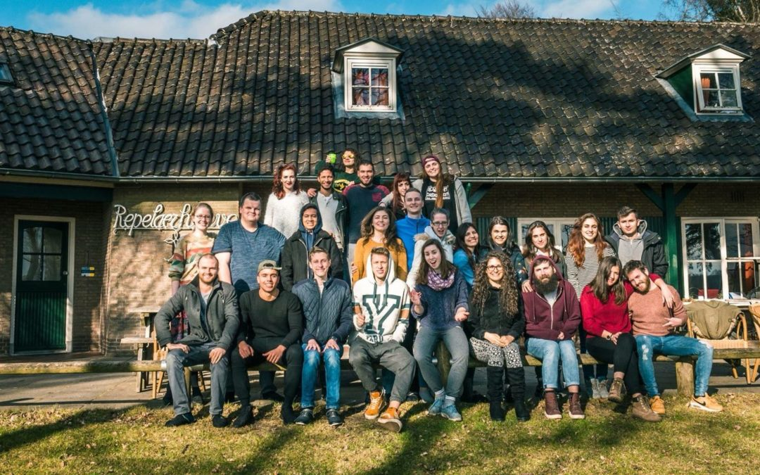 Road of Hope: Young people and migrations